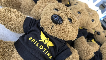 Latinas in Aviation has given away over seven hundred #pilotina teddy bears in an effort to spark an interest in aviation. Photo by Robbie Culver.