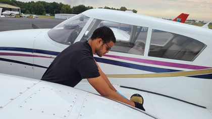 Jonathan Gray earned his multiengine rating in a week of intense training. Photo courtesy of Stephanie Goetz.