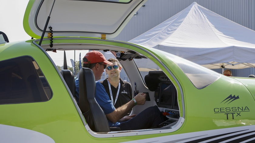 More than 50 exhibitors greeted more than 500 attendees at the first AOPA Aviator Showcase in Manassas, Virginia, August 27. A similar turnout is expected in Fort Worth, Texas, for the second AOPA in-person event of 2021. Photo by Chris Rose.